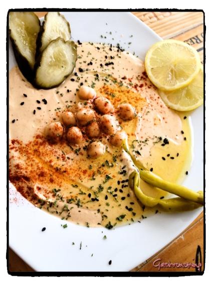 Hummus f