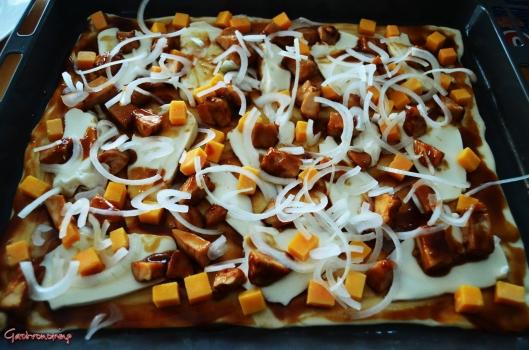 Pizza de pollo con salsa barbacoa